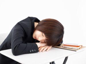 睡眠負債は昼寝で返済